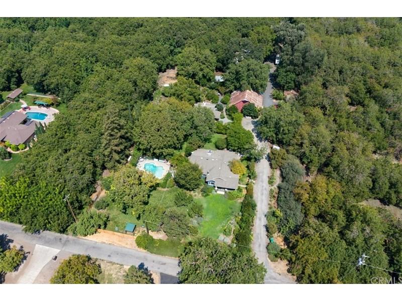 3408 and 3414 Oak Way. 2 homes plus a studio/cottage.